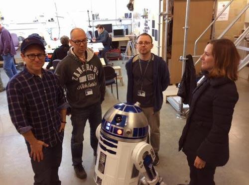 スター・ウォーズ エピソード7 R2-D2